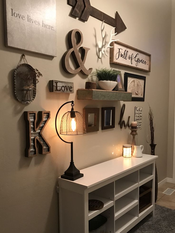 The 25  best ideas about rustic farmhouse entryway on pinterest ...