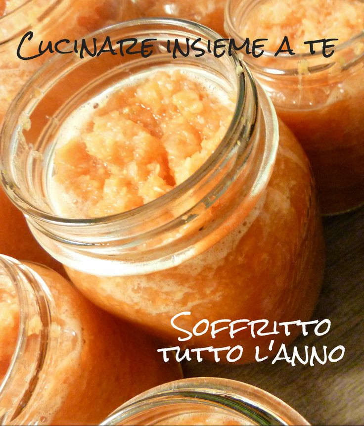 SOFFRITTO TUTTO L'ANNO IN CONSERVA http://blog.giallozafferano.it/cucinareinsiemeate/2014/05/soffritto-tutto-lanno-in-conserva.html