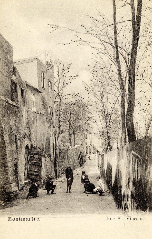 La rue Saint-Vincent dans le Vieux-Montmartre vers 1900 - superbe scène de rue  (Paris 18ème).