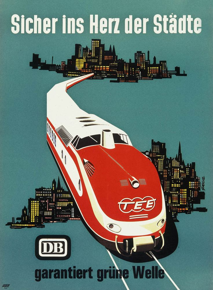 A new diesel multiple unit for TEE service was launched in 1957, called VT 11.5. The train with its large round front and 'big smile' is sometimes called the flagship of the German economic miracle.