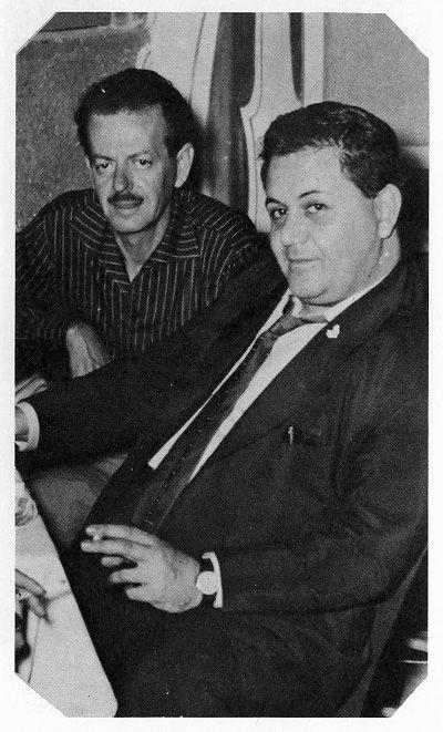 Μάνος Χατζιδάκις και Βασίλης Τσιτσάνης.
