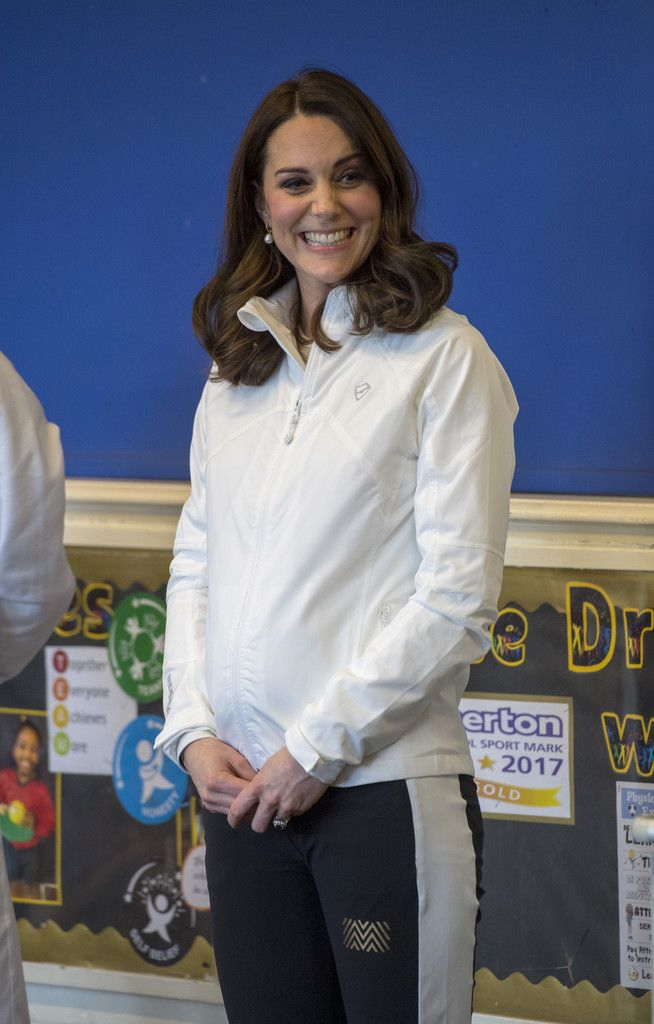 Kate Middleton Photos - Catherine, Duchess of Cambridge, Patron of the All England Lawn Tennis and Croquet Club (AELTC) during a visit to Bond Primary School in Mitcham to see the work of the Wimbledon Junior Tennis Initiative (WJTI) on January 17, 2018 London, United Kingdom. - The Duchess of Cambridge Visits the Wimbledon Junior Tennis Initiative
