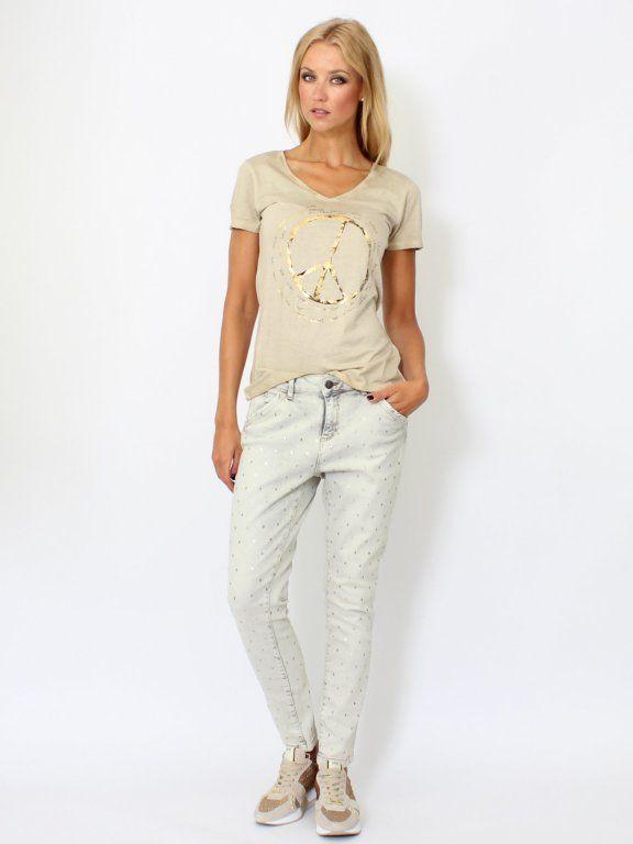 HochwertigePrint Denim Jeansvon OUI   All-Over Foliendruck   5-Pocket   angenehmes Tragekomfort   locker und lässiger Schnitt  Die Jeans ist der perfekte Begleiter sowohl tagsüber als auch