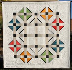 This Way quilt showing secondary designs
