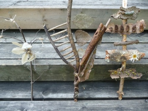 Abstract sculptures made with found objects from the garden.: Art Club, Make Art, Class Ideas, Garden Art, Cody Ideas, Art Class, Gardens Art, Future Art, Natural Art