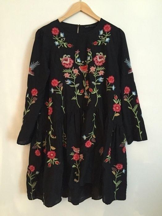 Zara Kleid mit Stickerei Unterkleid mit verstellbaren…