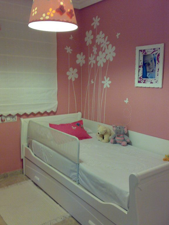 41 best images about cuartos de ni as on pinterest for Decoracion cuarto para nina 3 anos
