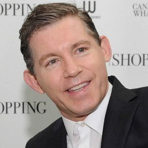 Lee Evans (English (UK), Comedian) was born on 25-02-1964.  Get more info like birth place, age, birth sign, biography, family, relation & latest news etc.