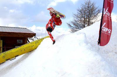 Guillem Serna Snowboard Vars handplant