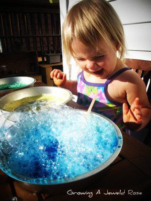 bubble play and concoctions mixing station