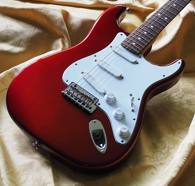 Fender American Standard Stratocaster 2008 2012 Candy Apple Red