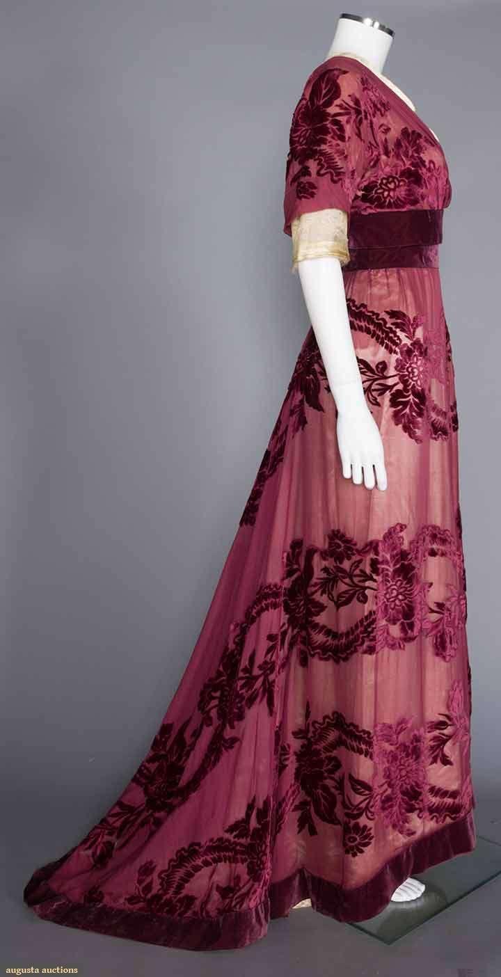 Gown (image 2) | House of Worth | France; Paris | 1908 | cut velvet, chiffon | Augusta Auctions | November 16, 2016