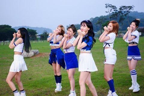 Permintaan Yang Membludak TWICE Akan Kembali hadir di Running Man ! - Follow @kutipan.korea - Kalian para ONCE tampaknya sudah harus mengantisipasi episode terbaru dari Running Man karena 9 idola kalian akan kembali tampil dalam program unggulan SBS tersebut.  Pada hari ini (15/11) SBS mengumumkan bahwa TWICE akan berpartisipasi dalam episode mendatang. Ini akan menjadi penampilan kedua girl grup asal JYP Entertainment ini dalam program tersebut. Kembali pada bulan Juni sebelumnya TWICE…