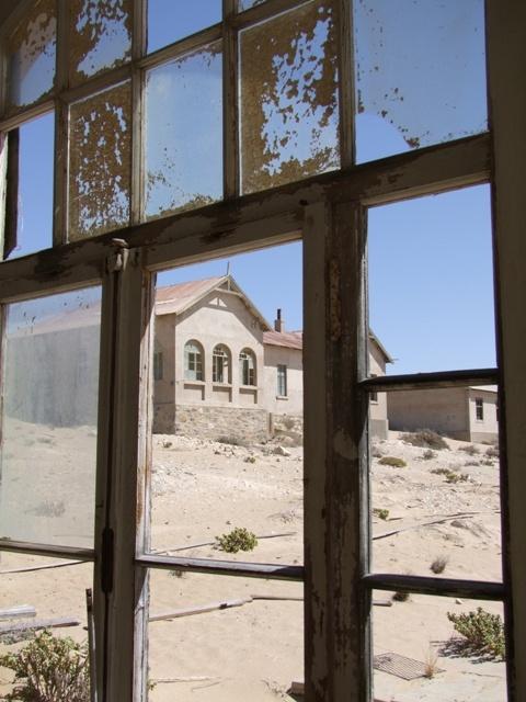"""Ghost town"" #Kolmanskoppe #Luderitz #Namibia"
