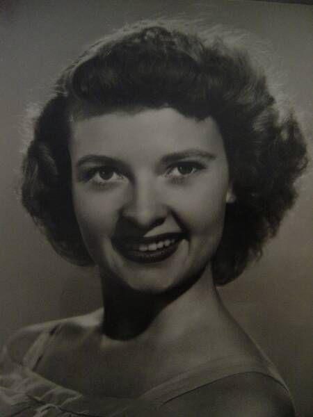 Lois Laurel (daughter of Stan Laurel) at 19 years of age. August 1 2017