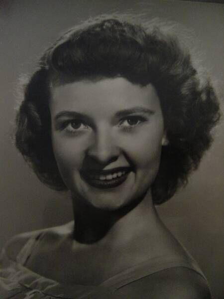 Lois Laurel (daughter of Stan Laurel) at 19 years of age.