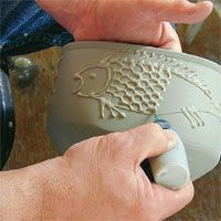 Ceramic Arts Daily – Slip, Engobe, or Underglaze? Robin Hopper Demystifies Three Common Pottery Materials