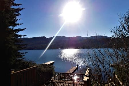 Check out this awesome listing on Airbnb: Comfort of Home at the Lake! - Houses for Rent in Mount Vernon