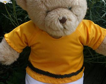 Bear clothes yellow top and white pants