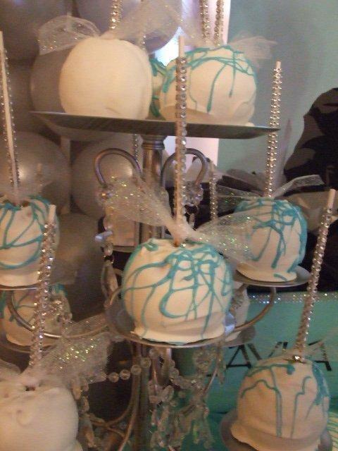 Tiffany & Co. Birthday Party Ideas | Photo 1 of 65 | Catch My Party