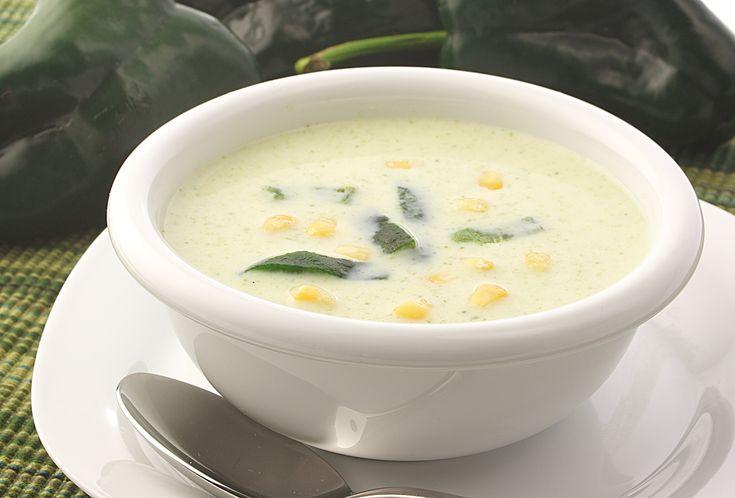 Esta receta de sopa de elote con rajas La Huerta es ideal para empezar cualquier comida. Queda deliciosa, pruébala!