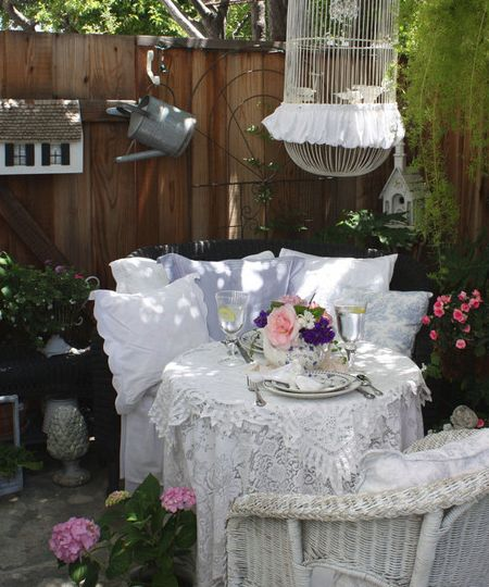 Pillows Patio Shabby Chic Cottage Decorating Design, Pictures, Remodel,  Decor And Ideas   Page 2