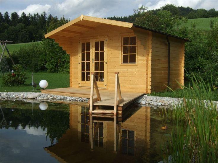 Bei diesem Gartenhaus kommt man direkt von der Terrasse in den Schwimmteich. Einfach ein Sprung in das kühle Nass oder etwas gemütlicher über die Einstiegsleiter.  http://www.gartenhaus-gmbh.de/