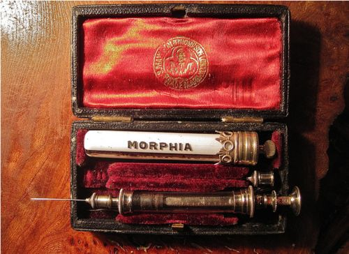 #Victorian #Morphine Set #research #history #vintage #medicine #drugs #high #SUPERHIGH