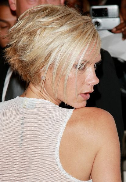 Lady Nape: Victoria Beckham (Posh Spice) has the best bob hairstyle of all celebrities ever.