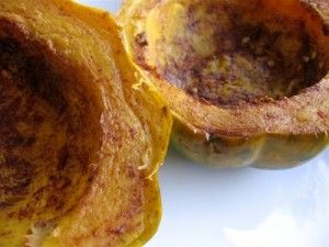 How to Cook Acorn Squash in your Slow Cooker