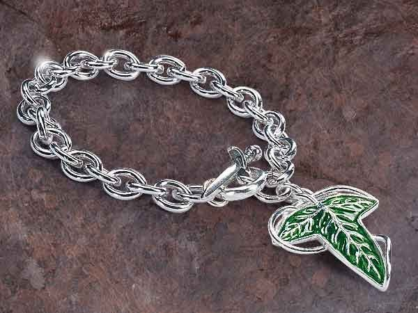 Braccialetto Lord of the Rings Charm Bracelet Elven Brooch (Sterling Silver) Noble Collection - https://www.vendiloshop.it/manga-e-action-figures-abbigliamento/505187-braccialetto-lord-of-the-rings-charm-bracelet-elven-brooch-sterling-silver-noble-collection-3583437502041.html - Disponibile in pronta consegna a 132,13 € solo su vendiloshop.it #vendiloshop #gadget #toys #popculture #harrypotter