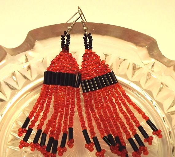 red folk earrings/piros népi fülbevaló
