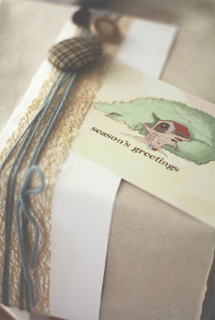 Christmas Gift Box by Christy@5typesofsugar, via FlickrChristmas Gift