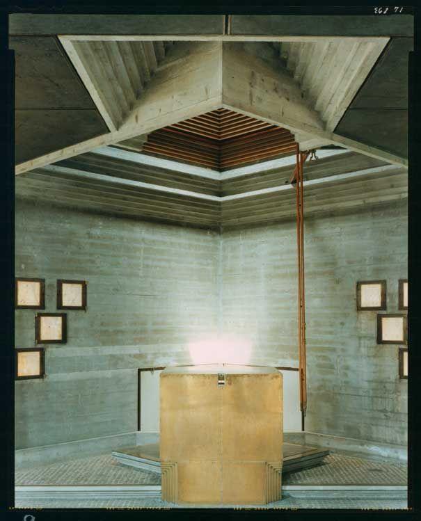 Guido Guidi - A.A.M. Galleria RomaTomba Brion - Carlo Scarpa