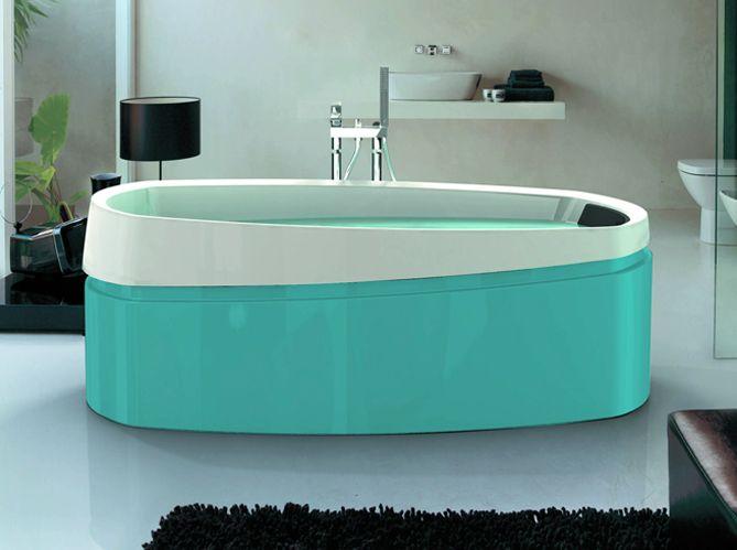 Les 47 meilleures images du tableau salles de bains et Baignoire coloree