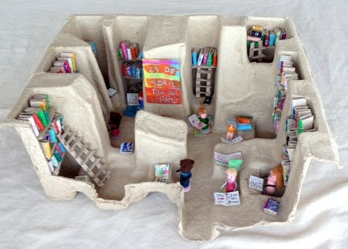 Best 25 recycled materials ideas on pinterest crafts for Egg carton room