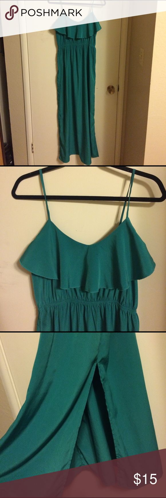 Teal maxi dress - sleeveless Gorgeous teal sleeveless maxi dress. Perfect for summer! Has adjustable straps and stretch elastic under the chest. Ruffle detailing and a slit up the left side of the dress. Size large. 100% polyester. Soprano brand from Nordstrom. Nordstrom Dresses Maxi