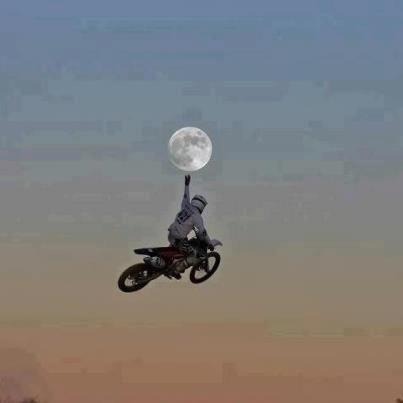 Grab the Moon
