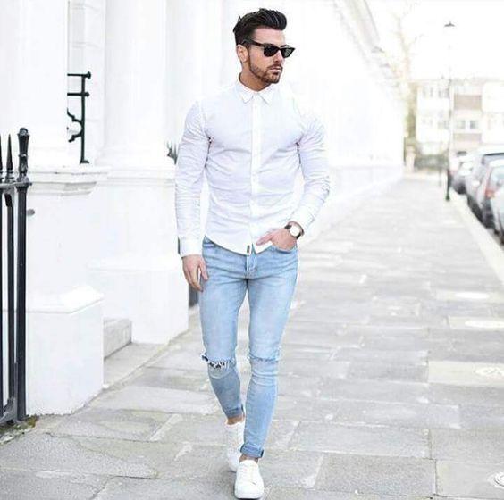 К чему снится муж в белой рубашке женщине – она должна быть уверена в нем, подозрения в его измене абсолютно напрасны.