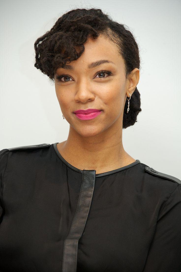 Sonequa Martin-Green as Herself