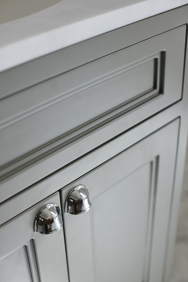 High quality manufacturing from Burlington Bathrooms http://www.burlingtonbathrooms.com/Products/Category?cat=6&name=Furniture
