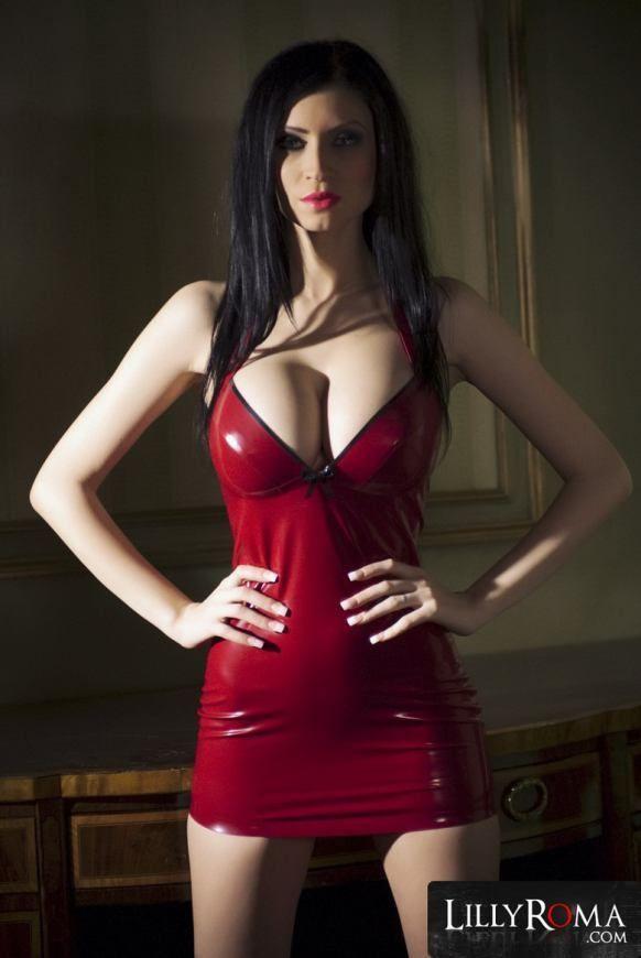 scarlet johansson good woman naked