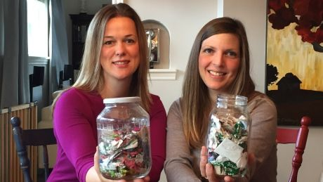 Katelin Leblond and Tara Smith-Arnsdorf from Victoria are on a mission to live a zero-waste lifestyle and they want you to join them.