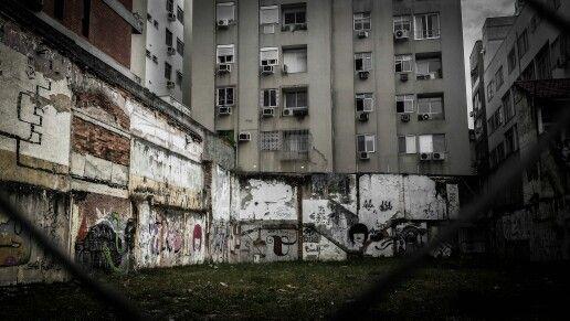 Streets. Rio De Janeiro, Brazil. Shot and edit by Monica Mikhael. https://flic.kr/p/nQbfE9
