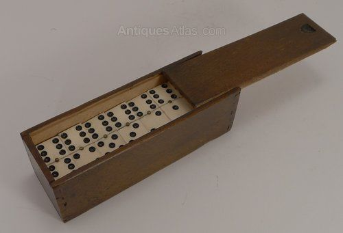 Antiques Atlas - Antique Bone & Ebony Wood Dominoes C.1890