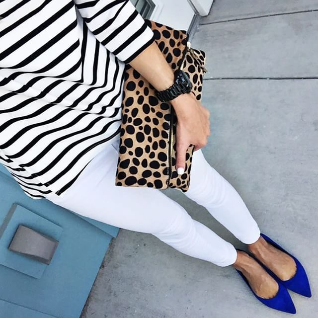striped shirt, white pants, cobalt flat, leopard clutch... LOVE the pattern mixing #alysonhaley