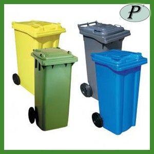 Contenedores de basura de 120 litros con 2 ruedas en varios colores. Más información: http://www.tplanas.com/epis/barrenos-calderetas-y-regaderas/592-cubos-basura-120l-con-tapa-y-pedal.html