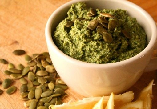 Dandelion Pesto (S) - Amazing way to get this superfood in your diet!