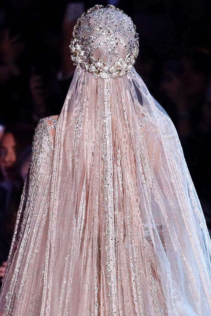 "aishwaryaraii: ""Elie Saab Spring 2018 Couture Showstopper Dress """
