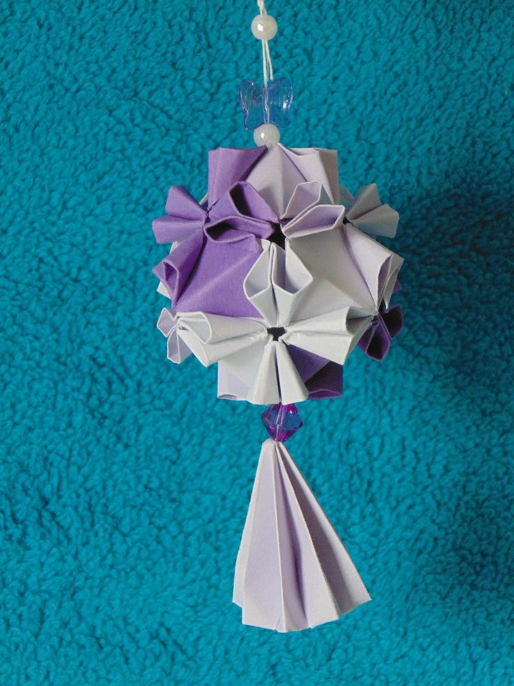 Beautifully handcrafted Christmas ornaments and origami by
